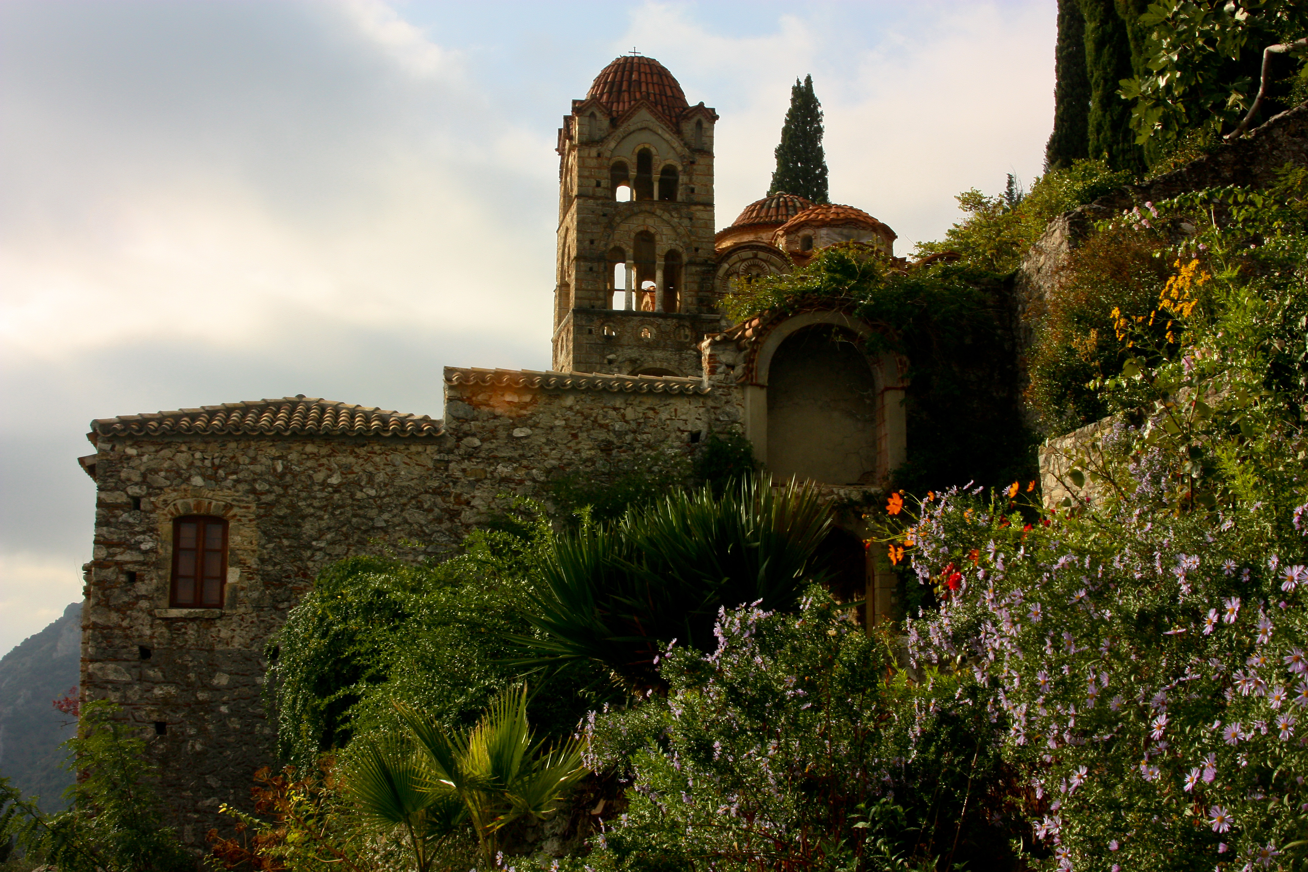 Mystras, the last intellectual site of the Byzantine ...